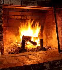 buche de cheminee photo parfumez votre prochain feux de cheminée en ajoutant