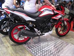 cbr 150r price in india 2014 honda cb 150r facelift revealed will it come to india