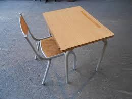 petit bureau ecolier bureau d écolier avec chaise des ées