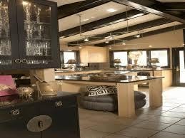 Black Bar Cabinet Kitchen Lighting For Vaulted Ceilings White Laminated Base Island