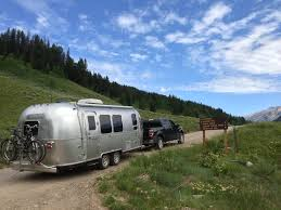 airstream adventure 5 seattle to jackson hole wyoming
