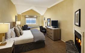 Hotels With A Fireplace In Room by Cambria Lodging Moonstone Beach Pelican Inn U0026 Suites Cambria