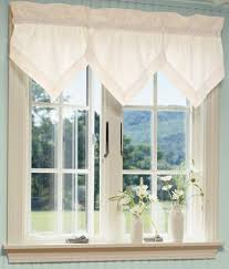 Country Curtains For Kitchen by 18 Best Curtains Images On Pinterest Curtains Window Treatments