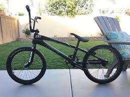 amazon com redline hot wheels tune up tool axle and wheel bicycles bmx race bike 4 trainers4me