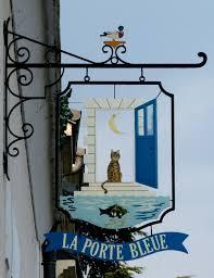 bureau poste 75008 enseigne porte bleue à amboise cityscape shop signs