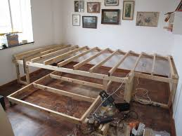 Diy Bed Frames Builds An Easy Bed Frame To Make An Diy Floating Bed