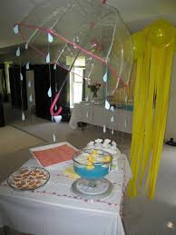 Centerpieces For A Baby Shower by Best 25 Rain Baby Showers Ideas Only On Pinterest Cloud Baby