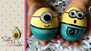 Decorating Easter Eggs With Rice And Food Coloring by How To Make Minion Easter Eggs With Food Coloring Fun Easter Diy