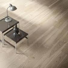 piastrelle marazzi effetto legno gres porcellanato pulizia e manutenzione