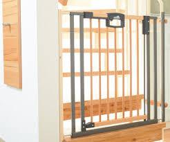 kinderschutzgitter treppe schutzgitter treppenschutzgitter türschutzgitter kidsroom