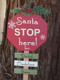 Christmas Outdoor Decorations Signs by 9 Best Christmas Lawn Decorations Images On Pinterest Christmas