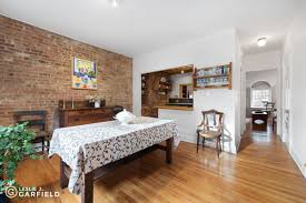 adorable upper east side townhouse in a tiny historic district
