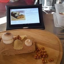tablette de cuisine qooq la tablette qooq la seule tablette android qui s invite en
