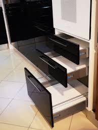 peinture acrylique cuisine cuisines noir et blanc peinture acrylique casa plus tunisie