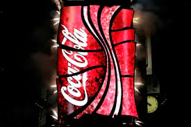 coca cola and fans celebrate world s 3d robotic sign in