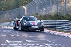 Porsche 918 Awd - porsche 918 spyder hybrid breaks 7 minute record at nurburgring