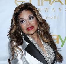 worst makeup s of 2016 face forward 39 s 6th annual gala celebrates survivors of domestic violence arrivals featuring latoya jackson