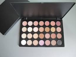 whole mac eyeshadow pallet 28 color moa894