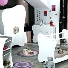 chambre bébé lit plexiglas chambre bebe alinea camille chambre lit bacbac a barreaux blanc