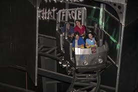 Hotels Near Six Flags Great Adventure Jackson Nj The Dark Knight Coaster Six Flags Great America Pretty Awesome