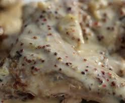 cuisine en cocotte en fonte lapin à la moutarde en cocotte en fonte recette de lapin à la