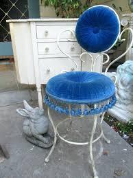 Vintage Vanity Chair Vanities Fabulous Vintage French Tufted Cushion Tasseled Boudoir