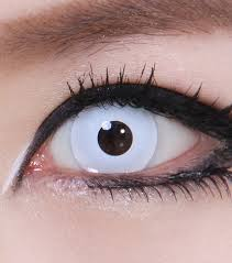 unique and glowing halloween contact lenses to make your halloween
