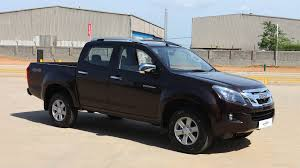 isuzu d max 2016 v cross price mileage reviews specification