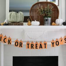 cheap halloween party snack ideas cheap halloween party ideas popsugar smart living