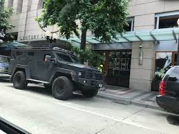Seattle Police Map Police Bringing In The Armor At Westlake For Seattle U0027s Alt Right