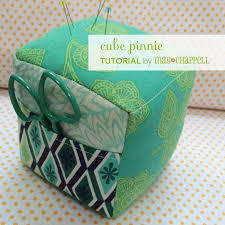 Armchair Pincushion 30 Best Pincushion Images On Pinterest Pincushions Sewing Ideas