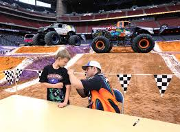 monster truck show houston 2015 photos monster jam roars into houston houston chronicle