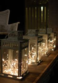 Lanterns For Wedding Centerpieces by Best 10 Lanterns Ideas On Pinterest Xmas Decorations Christmas