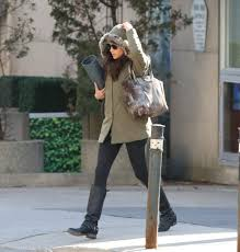 meghan markle toronto address meghan markle spotted for first time in toronto since going to