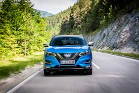 nissan qashqai vs vw tiguan nissan qashqai 2017 international launch review cars co za