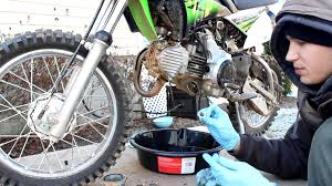 kawasaki oil change klx110l klx 110 klx110 2010 oil filter service