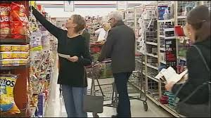 is shoppers open on thanksgiving grocery stores busy with last minute thanksgiving shoppers