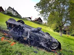koenigsegg one 1 crash richard hammond in serious crash electric rimac concept one