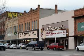 Cottage Grove Theater by La Grande Hosts Regional Oregon Main Street Network Meetings