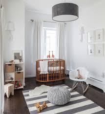 schöne babyzimmer babyzimmer komplett gestalten ideen kinderbett möbel wohnen bru