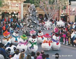 very merry christmas parade at disneyland 1992 mouse clubhouse