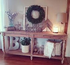 Home Foyer Decorating Ideas Best 25 Foyer Table Decor Ideas On Pinterest Console Table