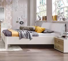 Schlafzimmer Bett Und Kommode Edles Komplett Schlafzimmer In Weiß Und Eiche Massiv Koga
