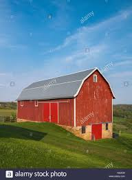scenic red barn stock photos u0026 scenic red barn stock images alamy