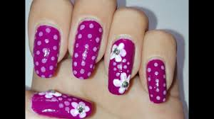 easy purple and white flower nail art tutorial how to diy nail
