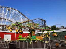 X Flight At Six Flags 6 Weeks In The Us Indiana Beach And Six Flags Great America