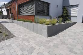 Steine Fur Gartenmauer Oltre 25 Fantastiche Idee Su Betonsteine Gartenmauer Su Pinterest