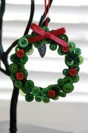 creative idea beautiful green button christmas wreath craft with