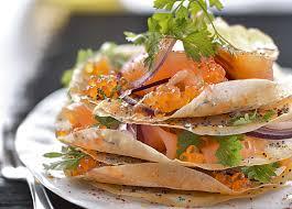 cuisiner le saumon fumé mille feuille au saumon recette noel gourmand