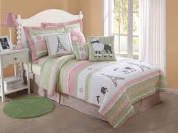 beautiful girls bedding purple bedding set with white flowers pattern placed on the white
